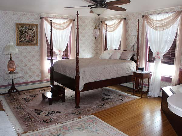 Hershey Pa Bb Carriage Stop Bed Breakfast Palmyra Pa